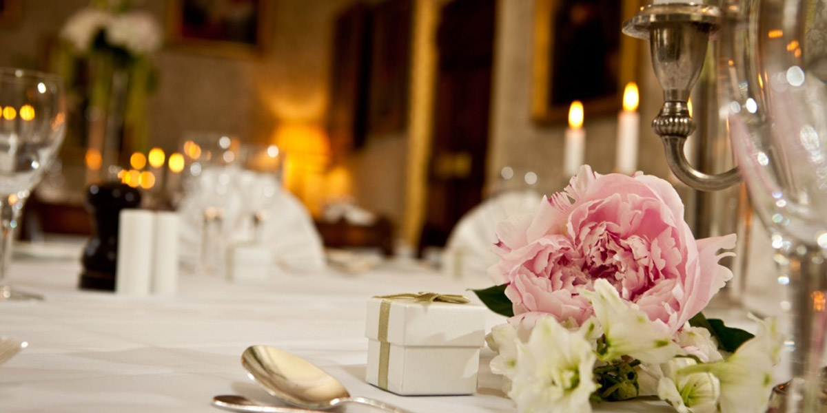 Council Room Wedding 170 Queens Gate Prestigious Venues