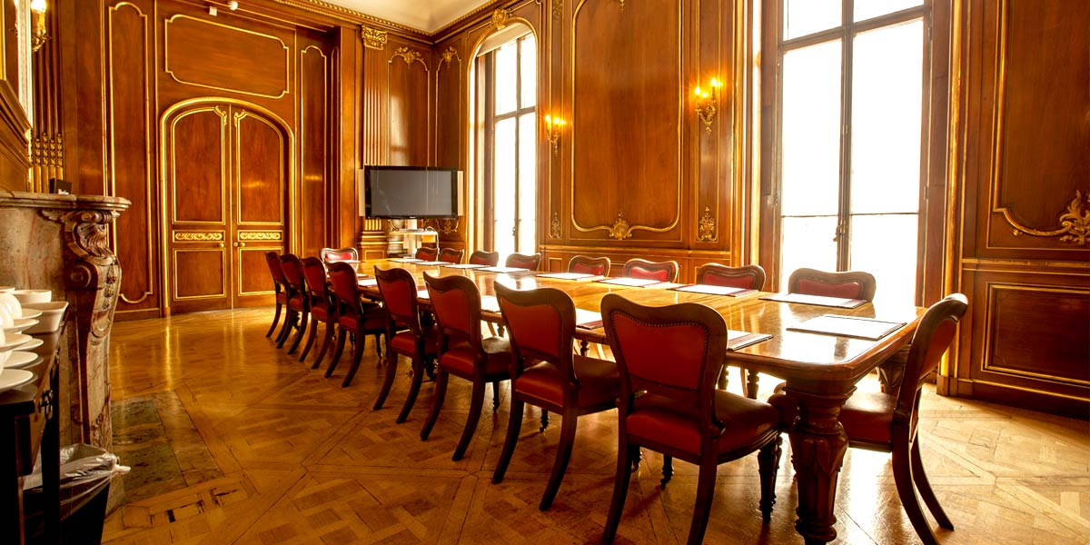 The Boardroom at 58 Prince's Gate