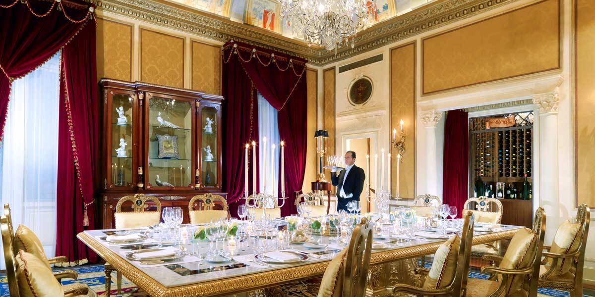Astounding private dining rooms dubai contemporary best for Best private dining rooms bristol