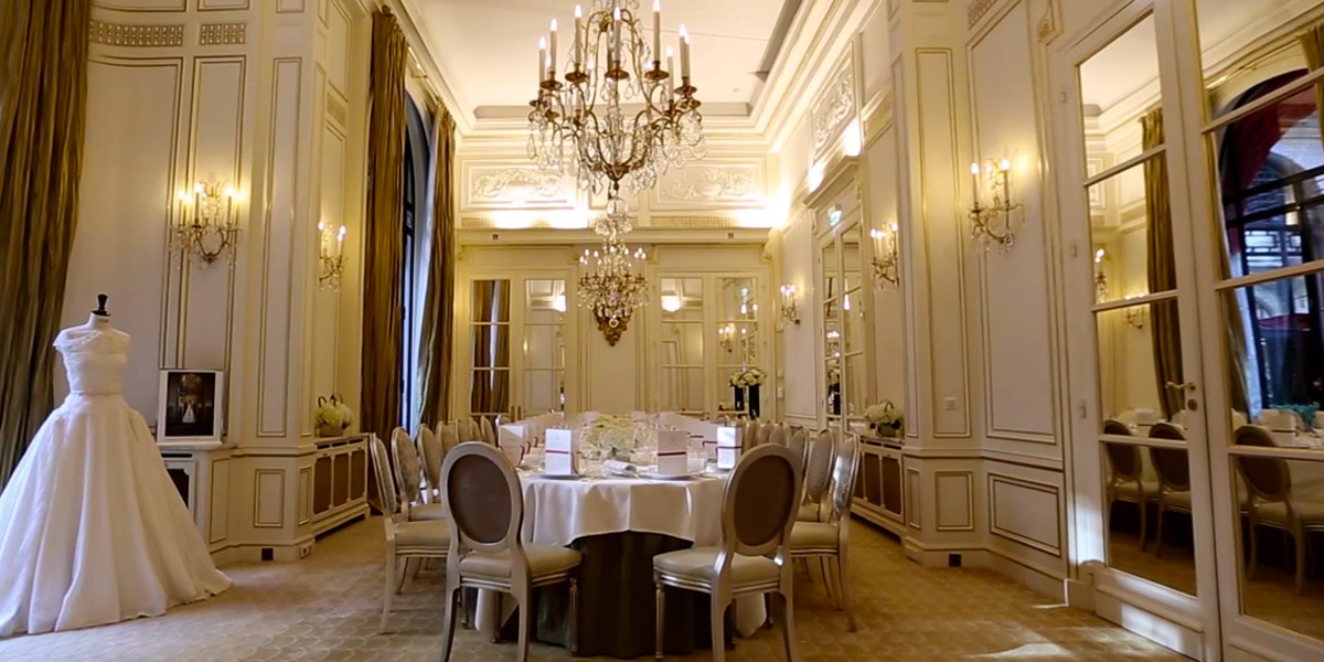 Salon Organza at Hotel Plaza Athenee