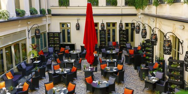 Gala Dinner Venue, Private Courtyard in Paris, Buddha Bar Hotel Paris, Prestigious Venues