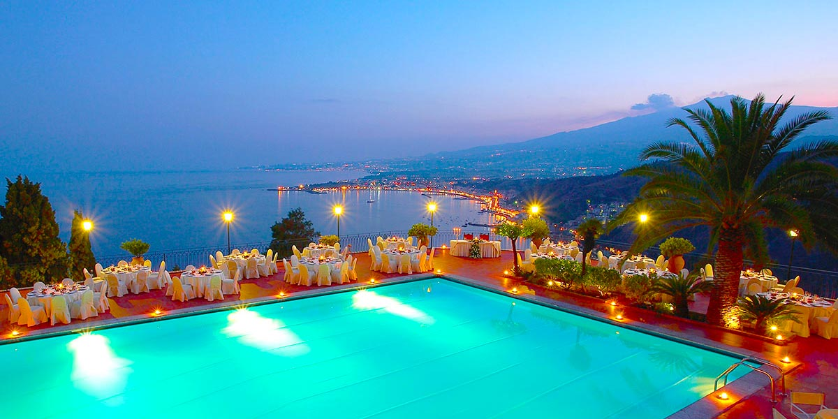Poolside Dinner Setup With View of Mount Etna and Ocean, Matrimoni, Hotel Villa Diodoro, Prestigious Venues, V2