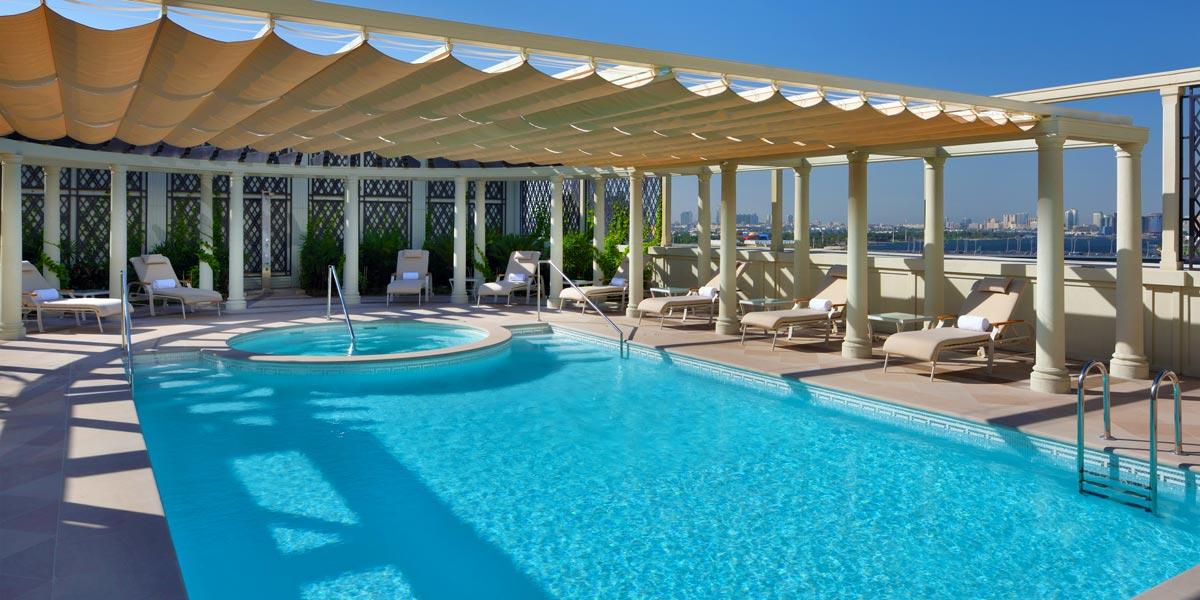 Rooftop Pool and Jacuzzi, Palazzo Versace Dubai, Prestigious Venues