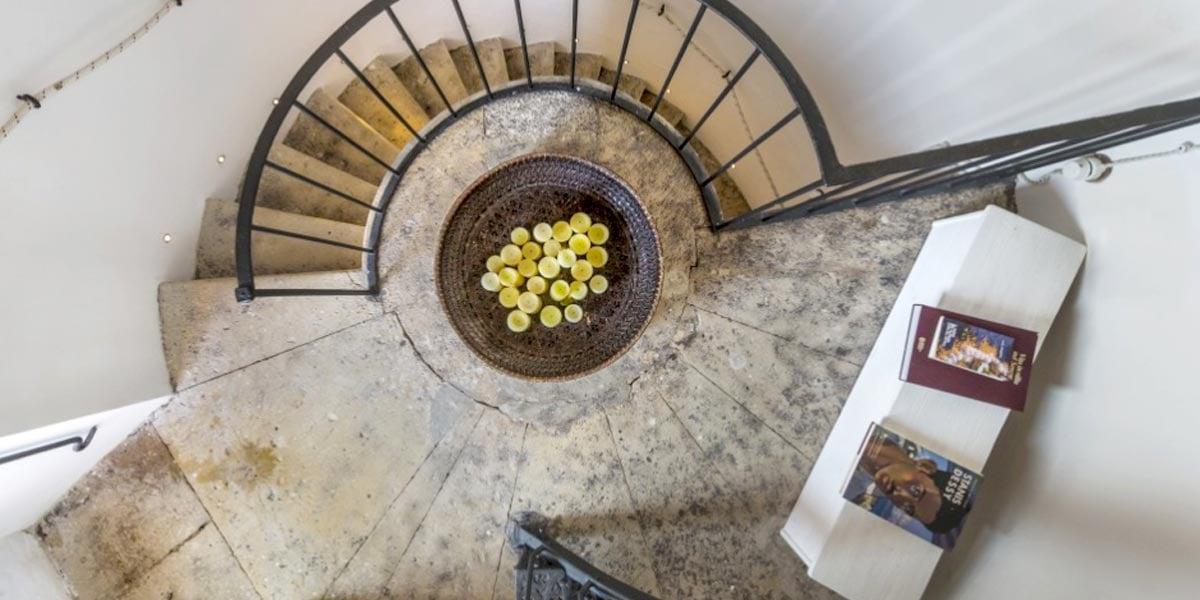 Spiral Staircase, Faro Capo Spartivento, Prestigious Venues