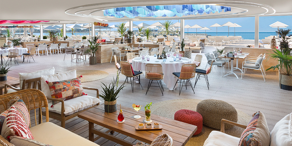 Outdoor Beach Bar Venue Hotel Barriere Le Majestic Cannes, Prestigious Venues