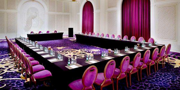 U Shape Meeting Venue, Palazzo Versace Dubai, Prestigious Venues