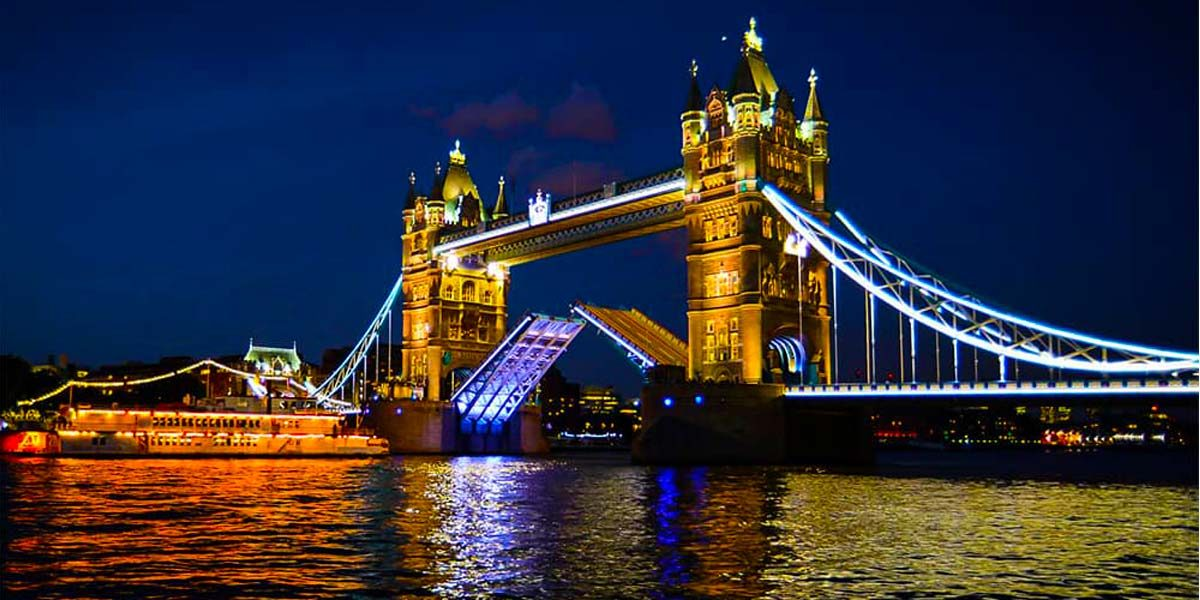 Christmas 2017, Tower Bridge, Prestigious Venues
