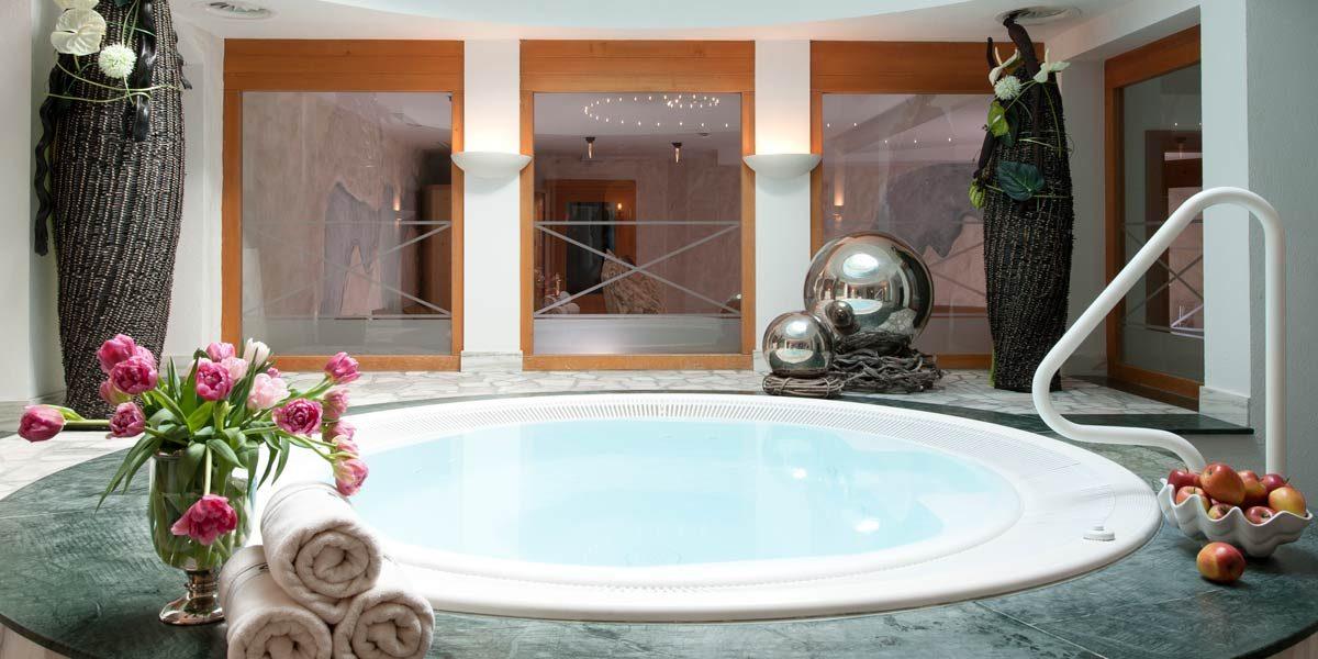 Luxury Chalet St.Christoph, Hotel Maiensee, Prestigious Venues