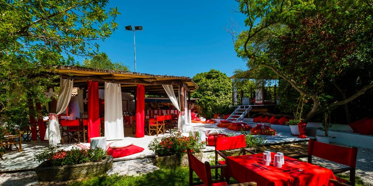 Outdoor Dinner Space, Su Gologone, Prestigious Venues
